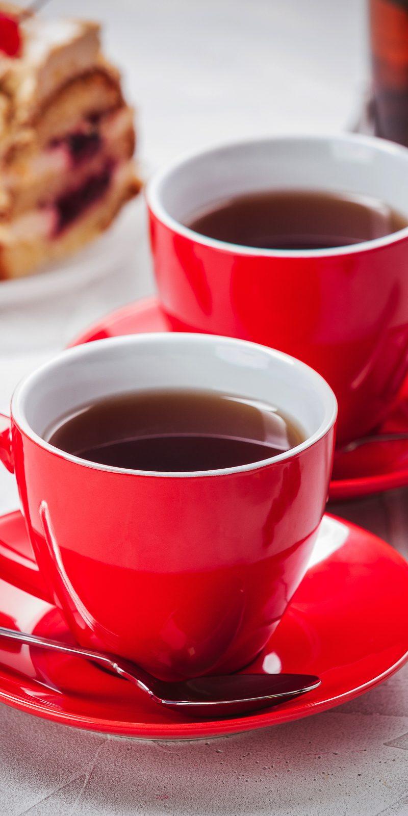 Красные чашки